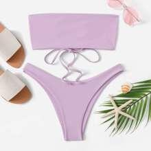 Bandeua mit Band und Bikini Set mit hohem Beinschnitt
