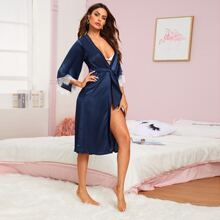 Contrast Lace Cuff Belted Robe