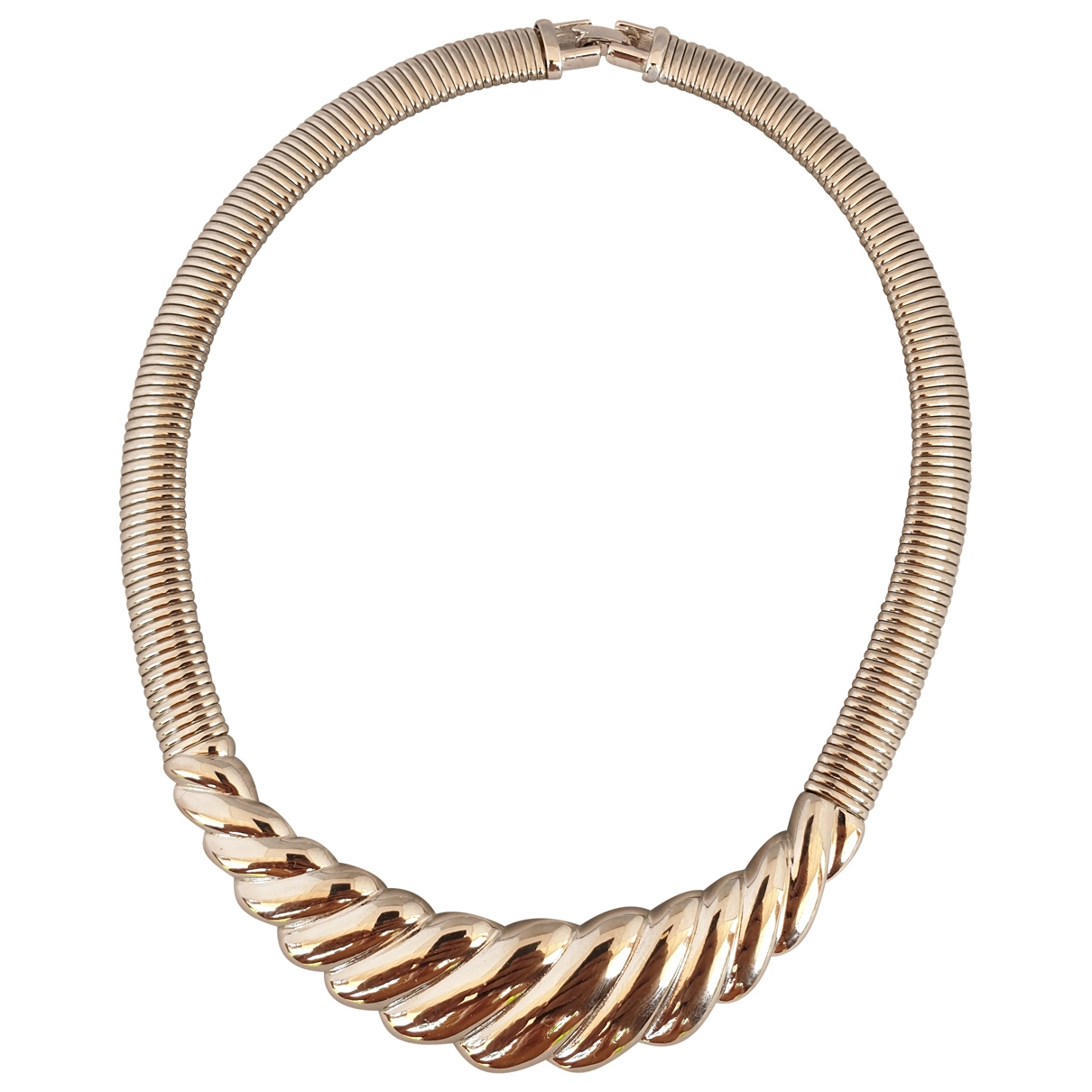 Collar Givenchy