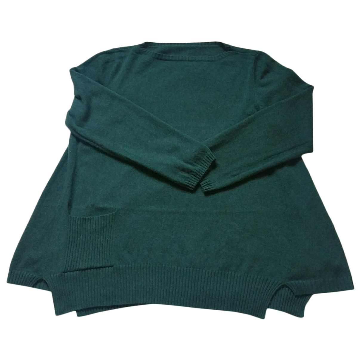 Non Signe / Unsigned Oversize Pullover in  Gruen Kaschmir
