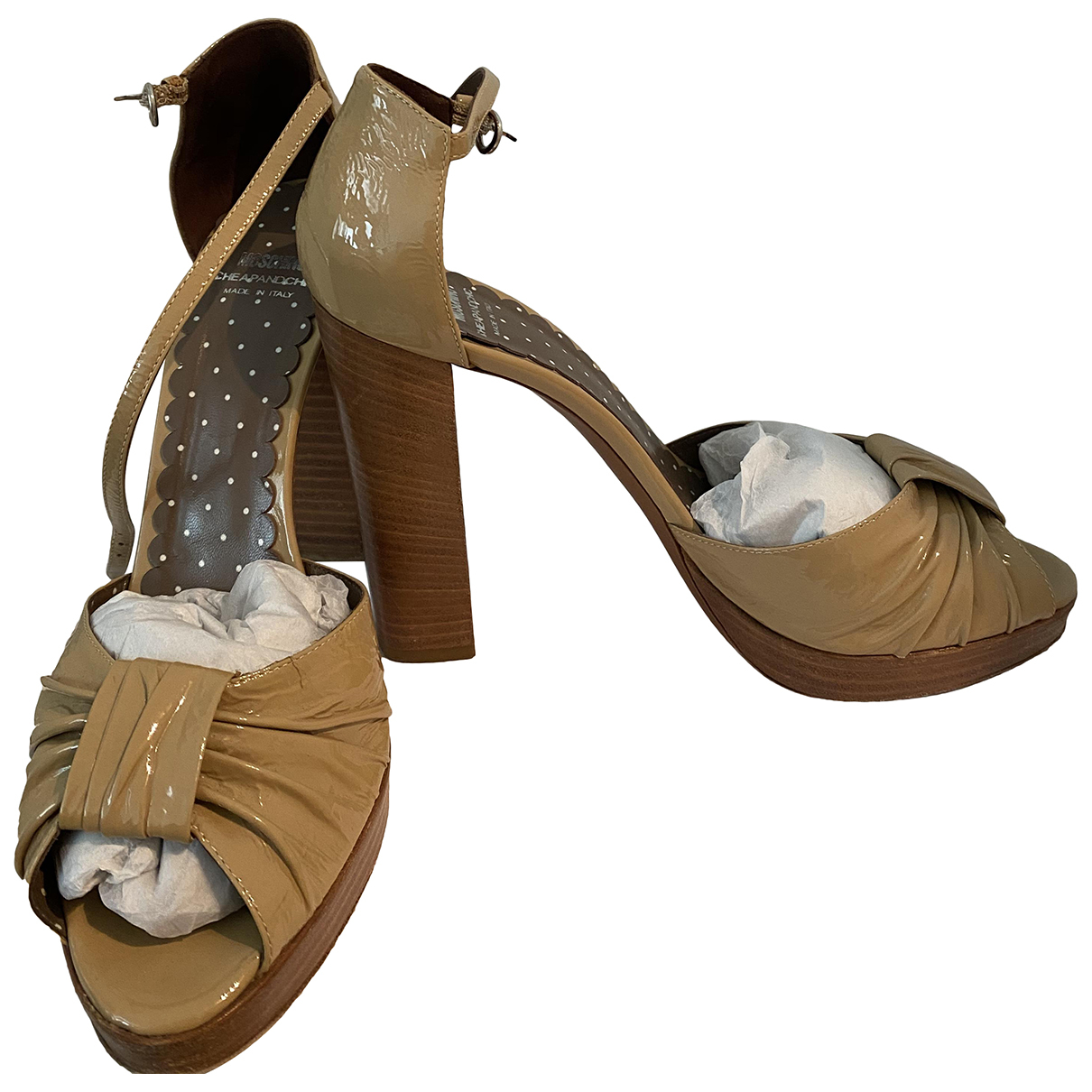 Moschino Cheap And Chic \N Sandalen in  Beige Leder