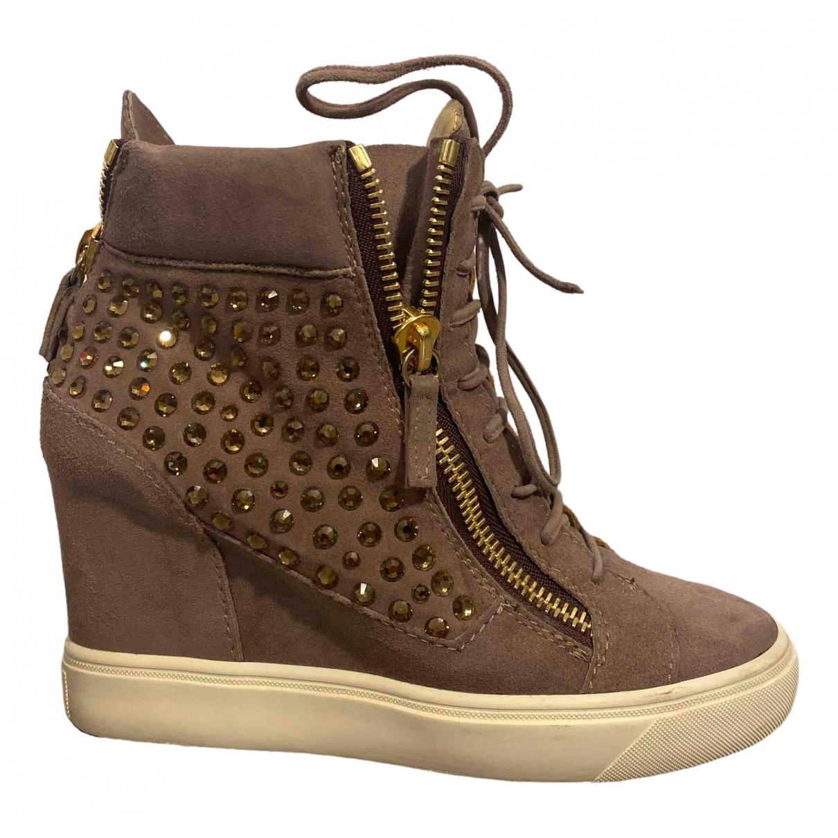 Giuseppe Zanotti \N Sneakers in  Rosa Veloursleder