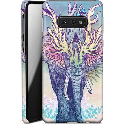 Samsung Galaxy S10e Smartphone Huelle - Spirit Elephant  von Mat Miller