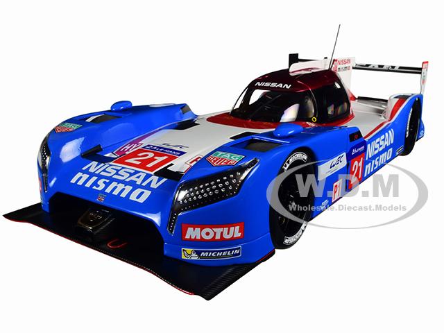 Nissan GT-R LM Nismo Le Mans 2015 T. Matsuda M. Shulzhitskiy L. Ordonez 21 1/18 Model Car by Autoart