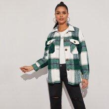 Mantel mit Knopfen, Klappe Taschen vorn und Karo Muster