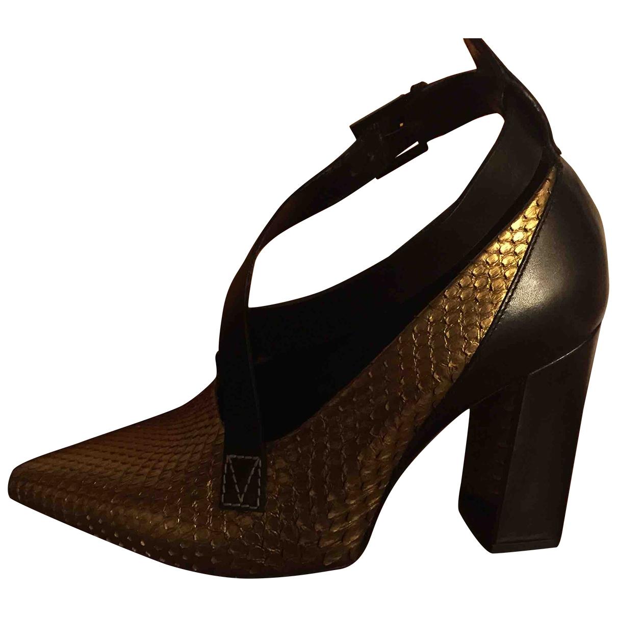 Louis Vuitton - Escarpins Matchmake pour femme en python - dore