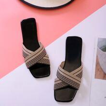 Sandalen und Kreuzgurt