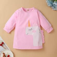 Vestido camiseta de rayas laterales con estampado de unicornio