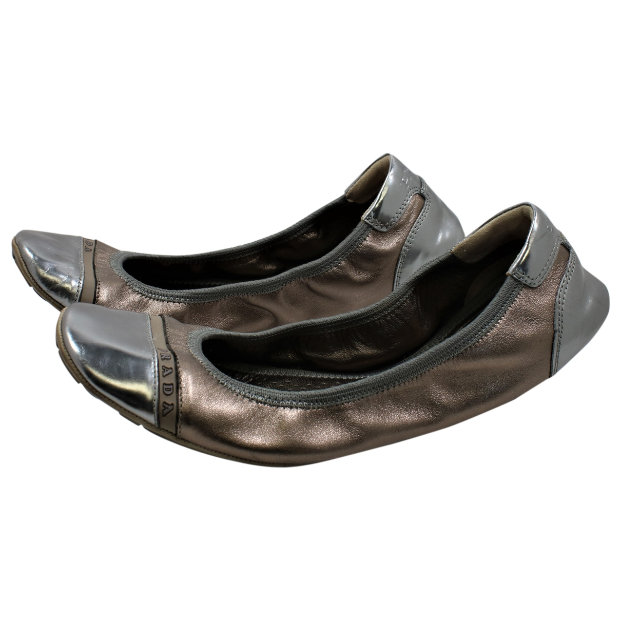 Prada \N Ballerinas in  Metallic Leder