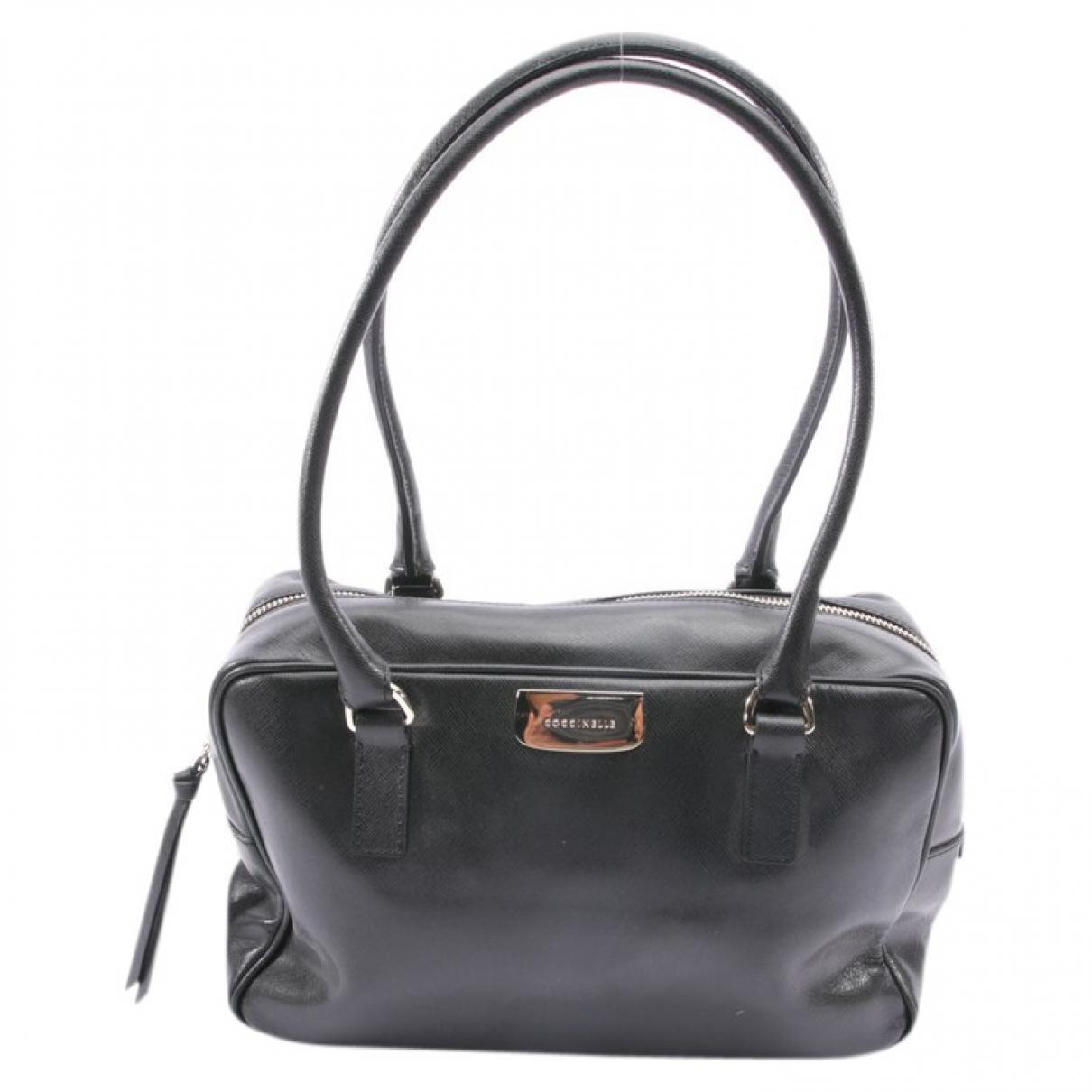 Coccinelle \N Handtasche in  Schwarz Leder