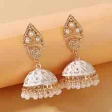 Pendientes Jhumka largos con fleco con perla artificial