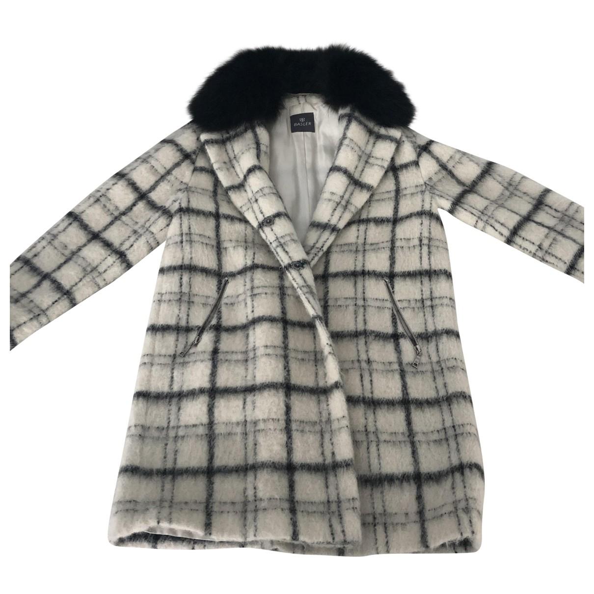 Basler \N Maentel in Wolle