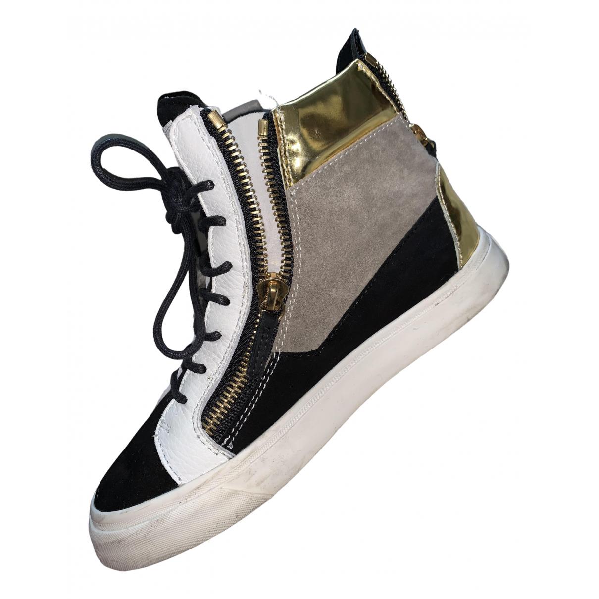 Giuseppe Zanotti Nicki Sneakers in  Schwarz Veloursleder