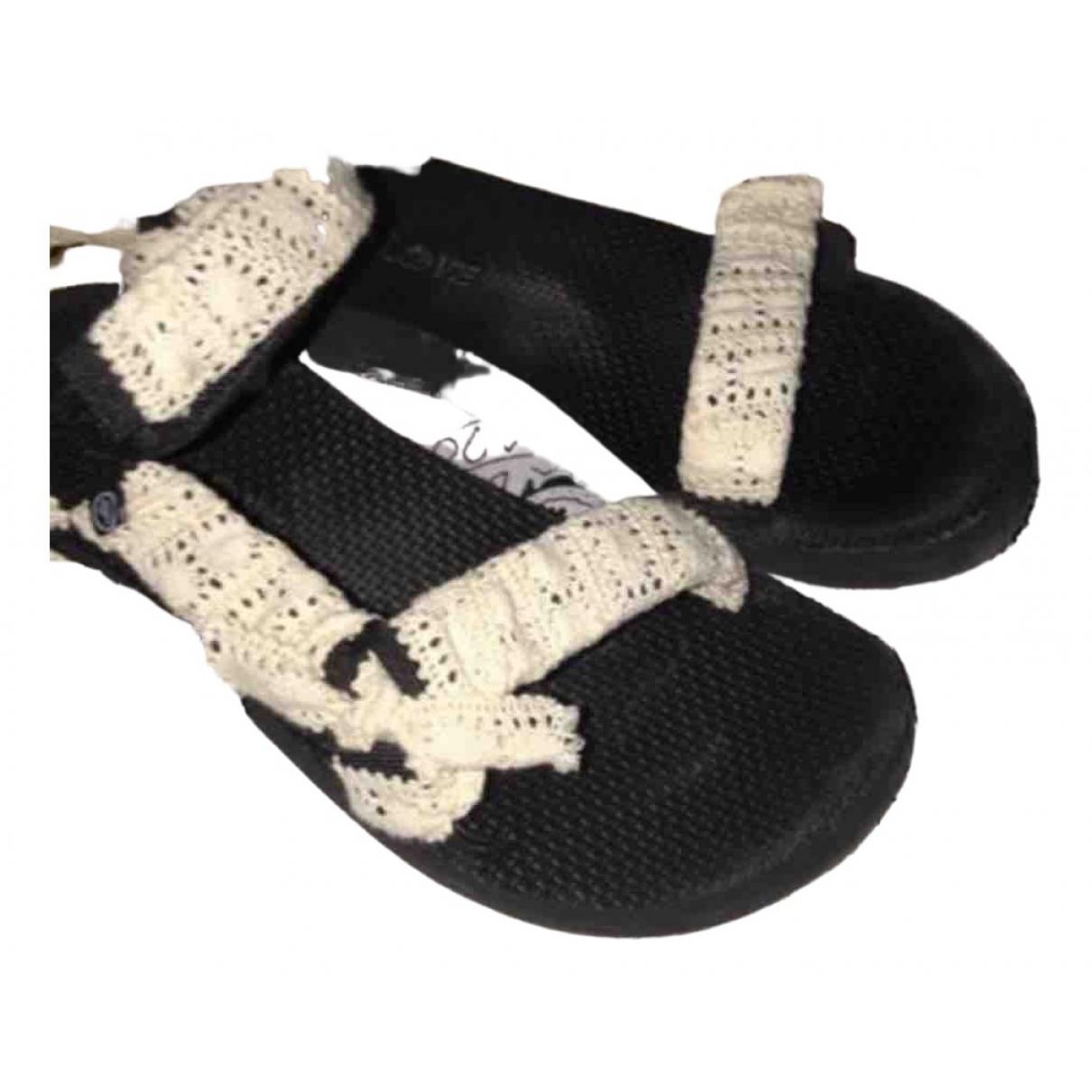 Arizona Love - Sandales   pour femme en caoutchouc - beige