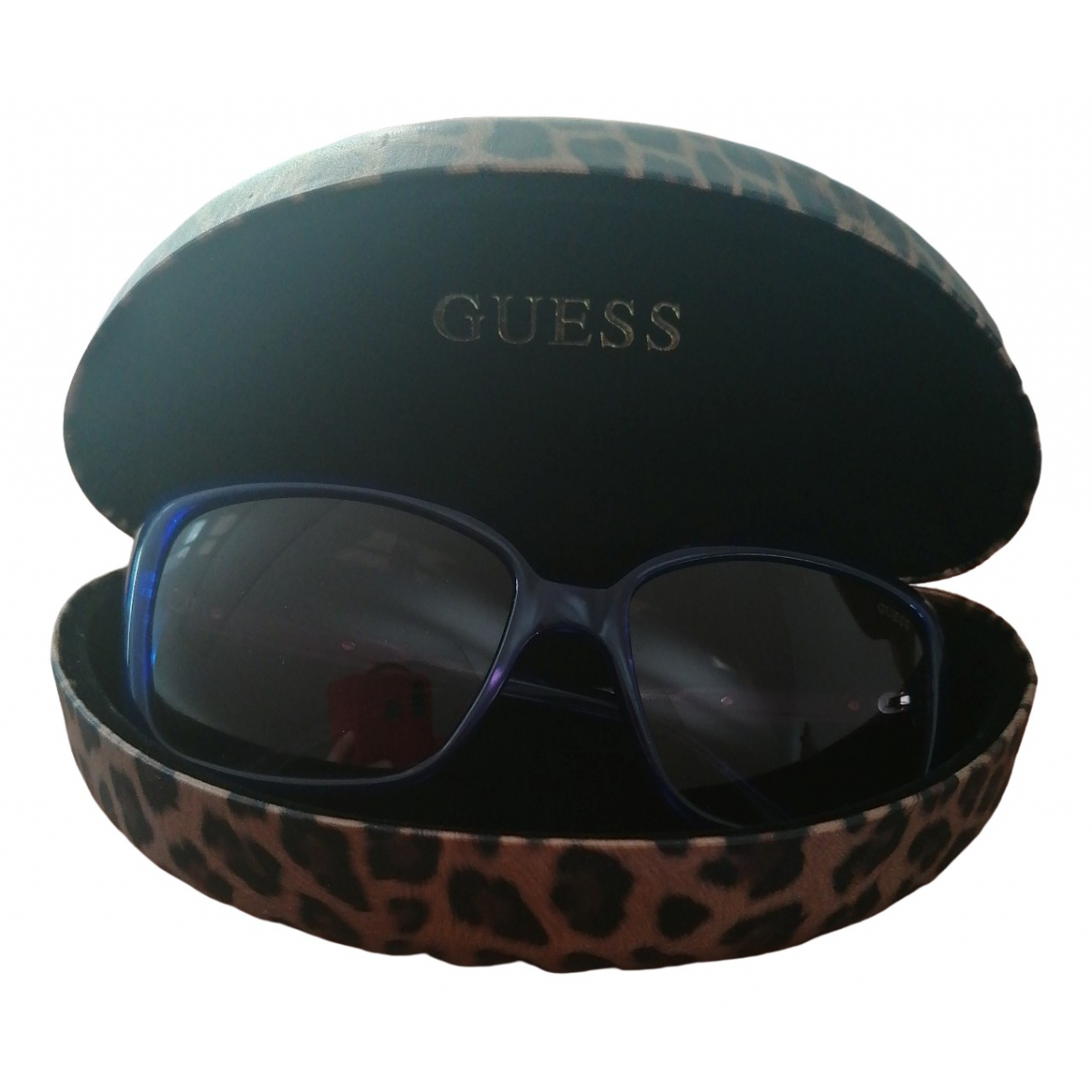 Guess \N Blue Sunglasses for Women \N