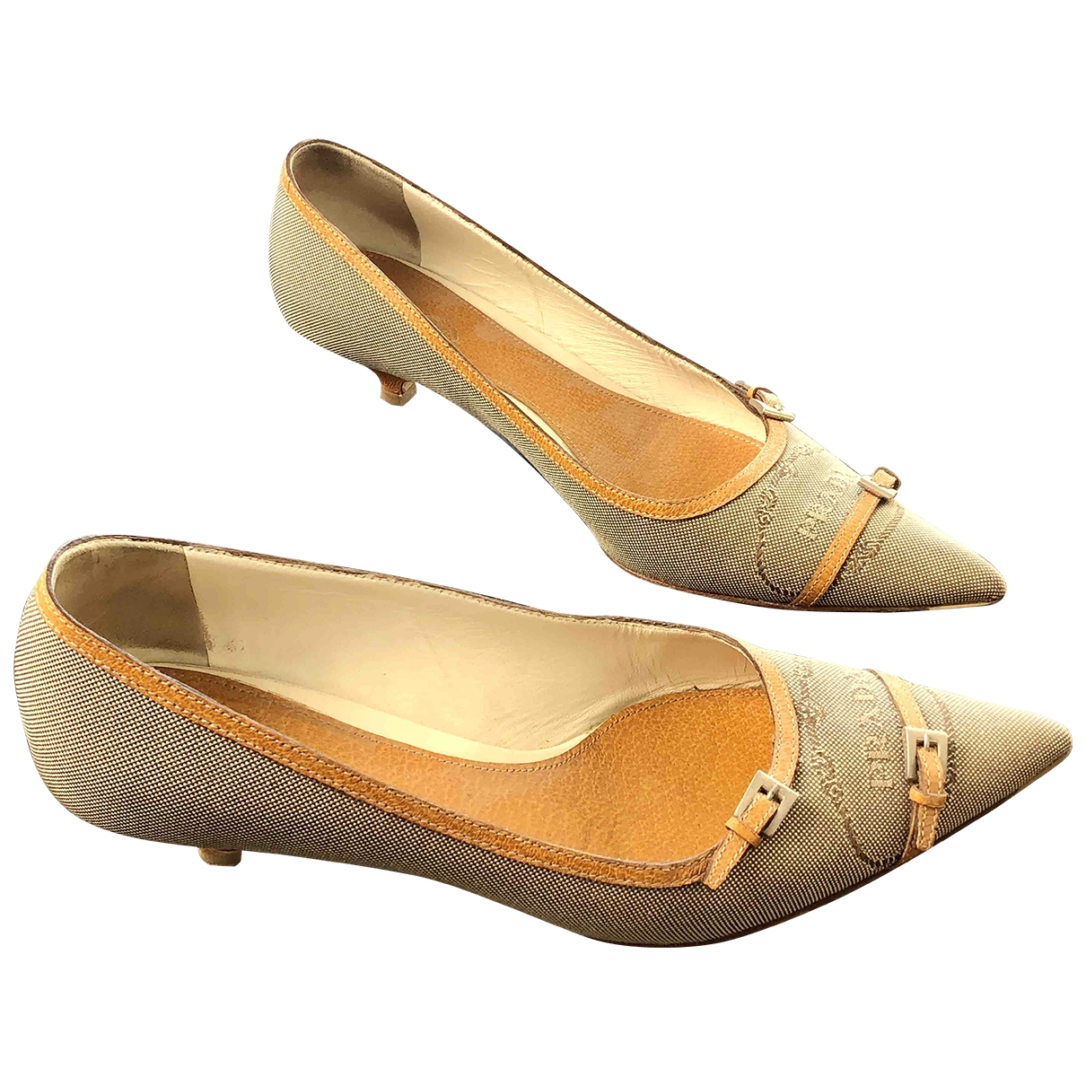 Prada \N Beige Cloth Heels for Women 40 EU