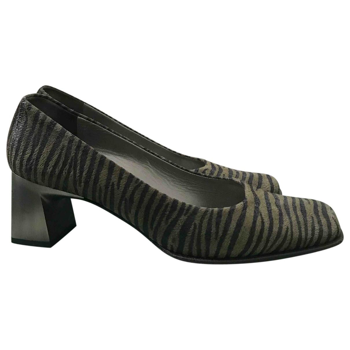Peter Kaiser \N Green Leather Heels for Women 41 EU