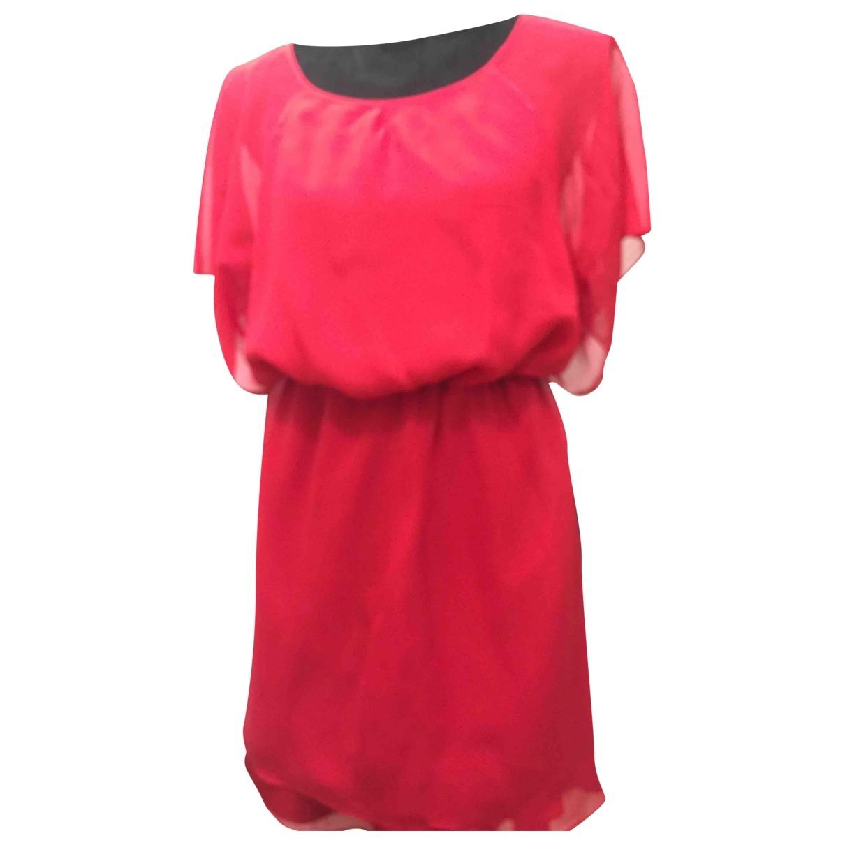 Elizabeth And James \N Kleid in  Rot Seide