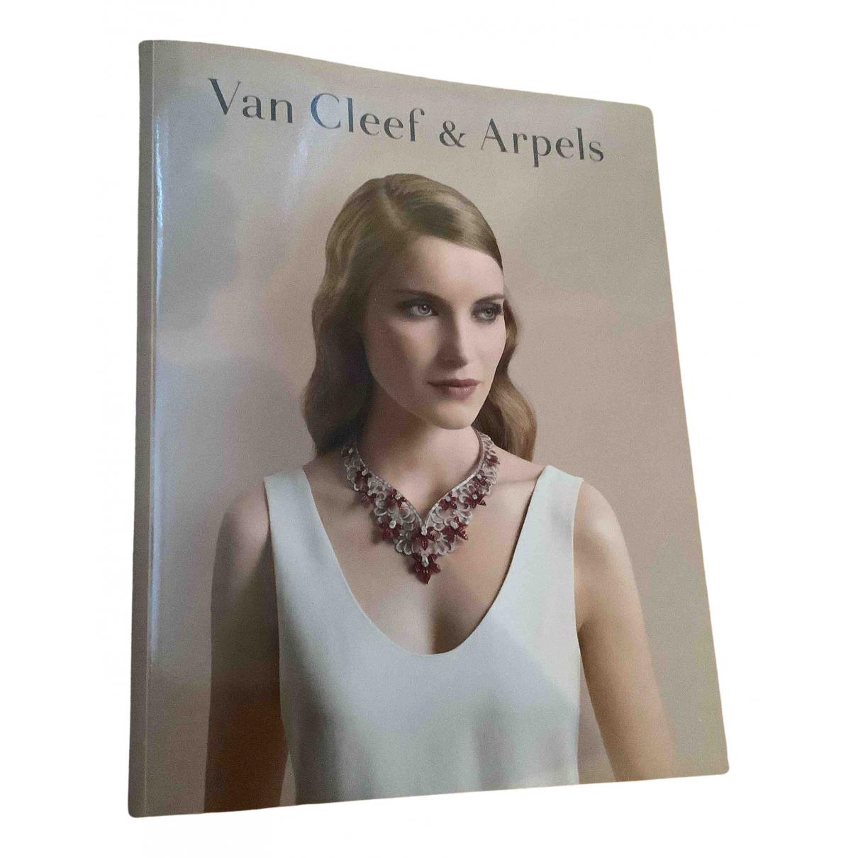 Van Cleef & Arpels - Photographie   pour lifestyle en coton