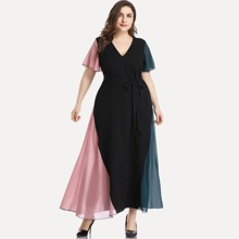 Plus Cut And Sew Panel V-neck Belted Maxi Dress