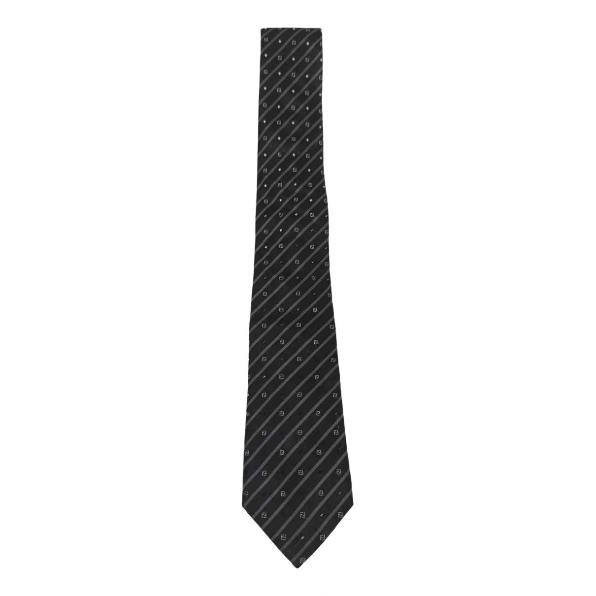 Fendi \N Krawatten in  Schwarz Seide
