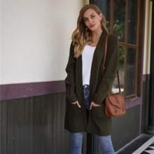 Einfarbige Strickjacke mit doppelten Taschen und offener Vorderseite