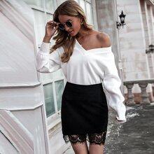 Contrast Lace Velvet Mini Skirt