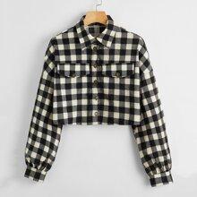 Crop Jacke mit sehr tief angesetzter Schulterpartie, Knopfen vorn und Karo Muster