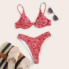 Bañador bikini de pierna alta con aro floral