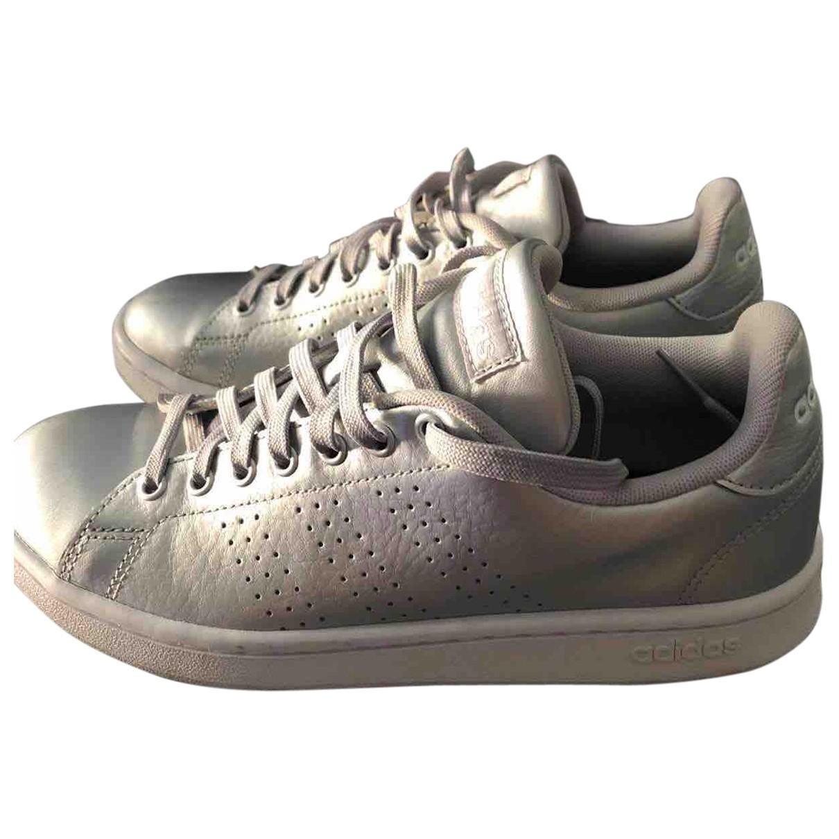 Adidas - Baskets Stan Smith pour femme en cuir - argente