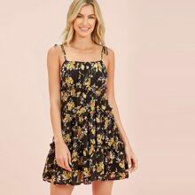Cami Kleid mit Knoten auf Schulter, Blumen Muster und Rueschenbesatz