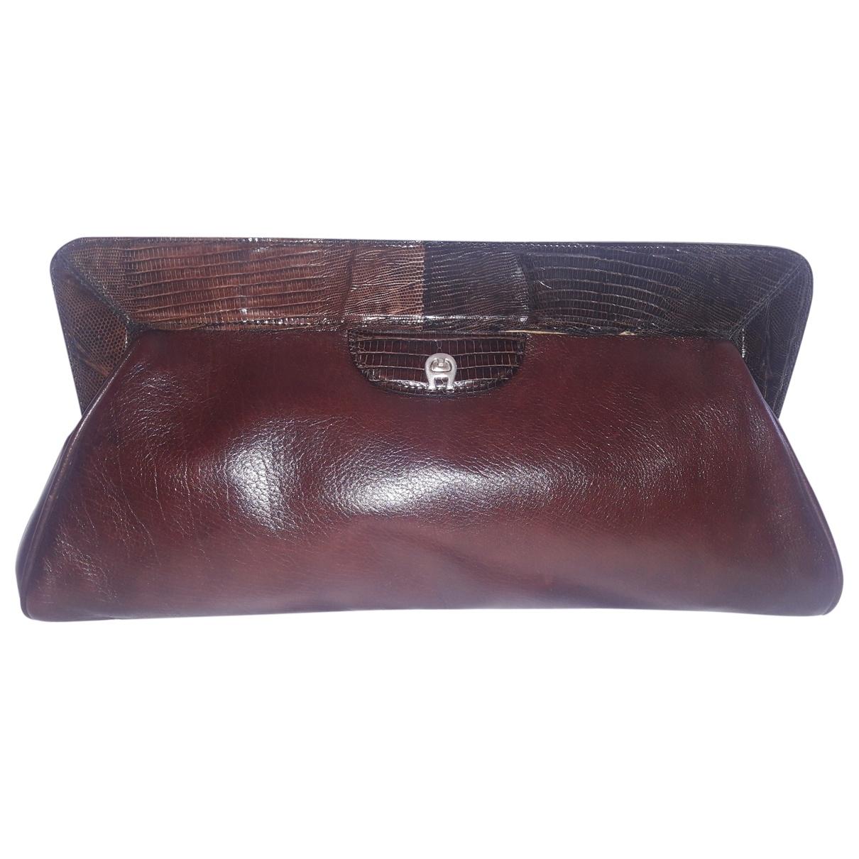 Etienne Aigner \N Brown Leather Clutch bag for Women \N