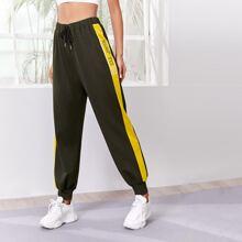 Sports Hose mit Buchstaben Grafik, seitlicher Naht und Kordelzug um die Taille