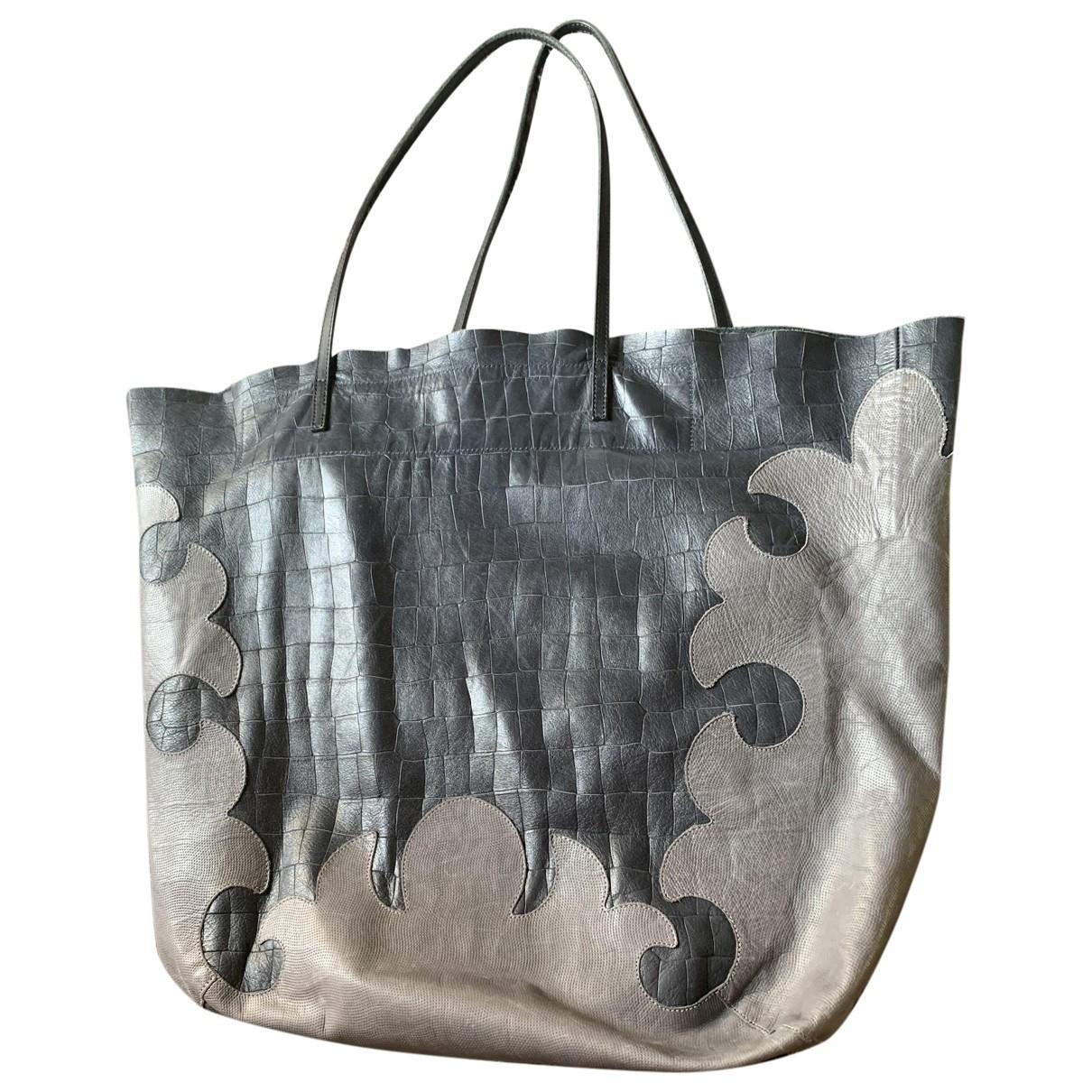 Linde Gallery \N Handtasche in Leder