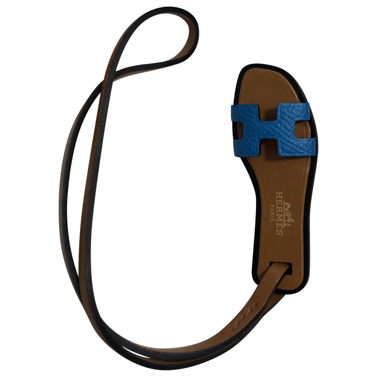 Hermes Oran Nano Charm Taschenschmuck in  Blau Leder
