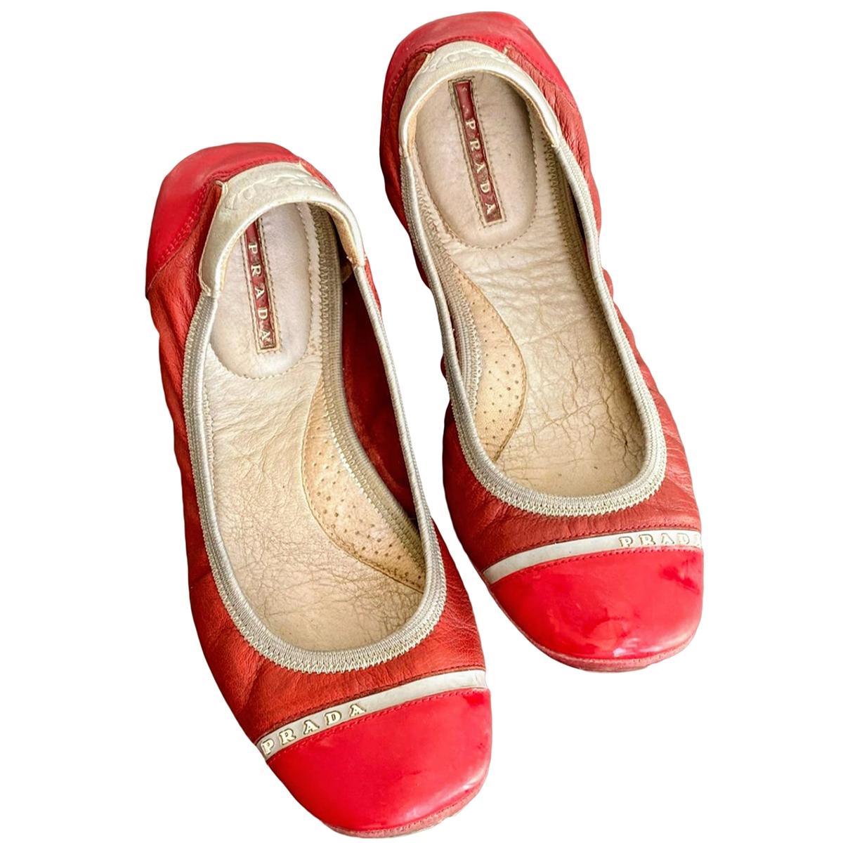 Prada \N Red Leather Ballet flats for Women 37 EU