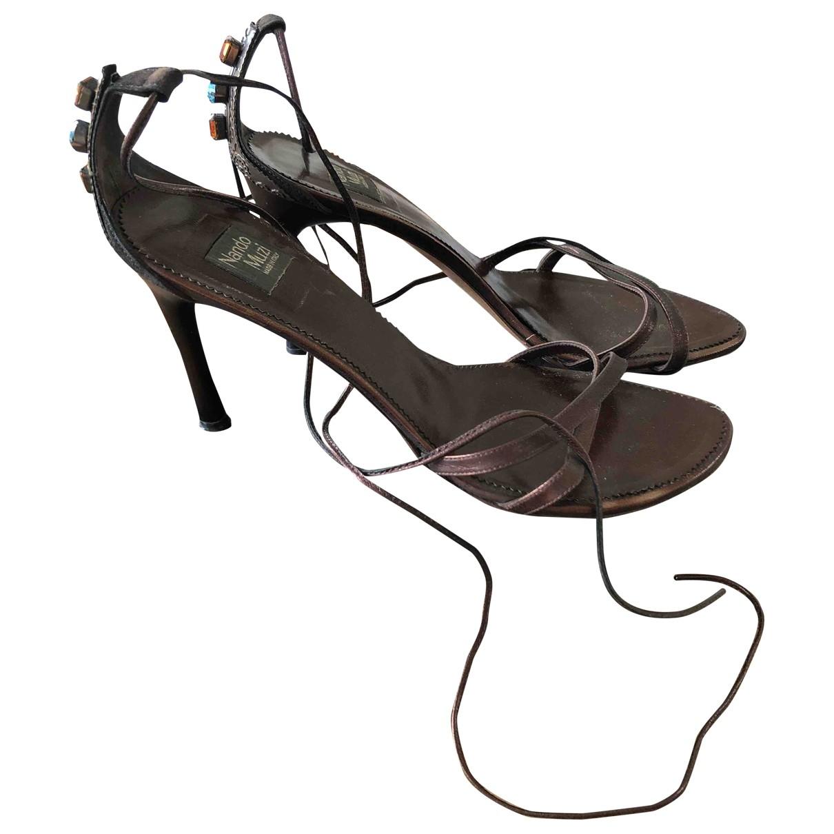 - Escarpins   pour femme en cuir - marron