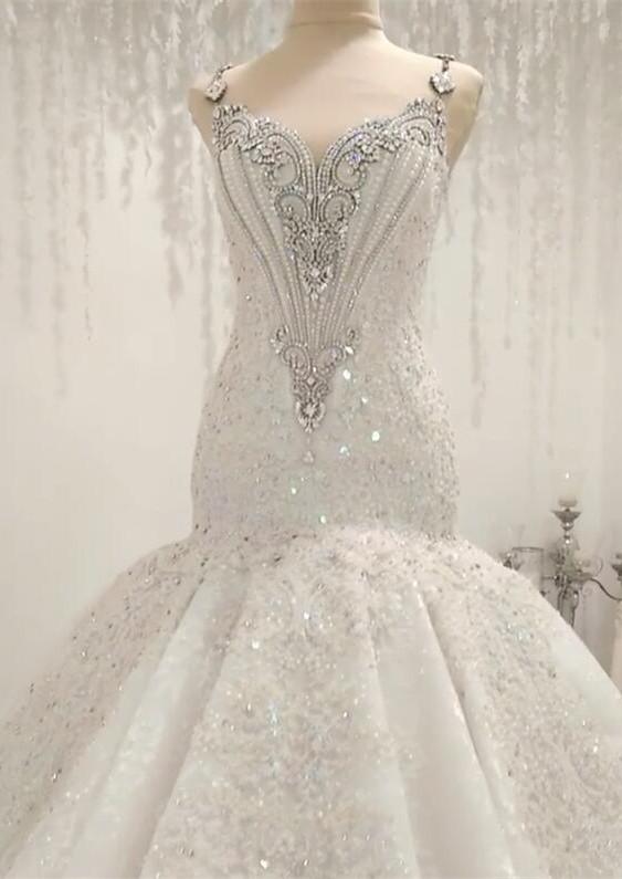 Manches courtes Sparkle Diamond Fit et Flare Robes de mariee en ligne