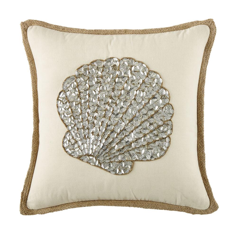 Ecrufarbenes Kissen aus Jute und Baumwolle mit Muschel- und Perlen-Motiv 45x45