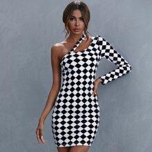 Kleid mit Ausschnitt Detail, einer Schulter und Karo Muster