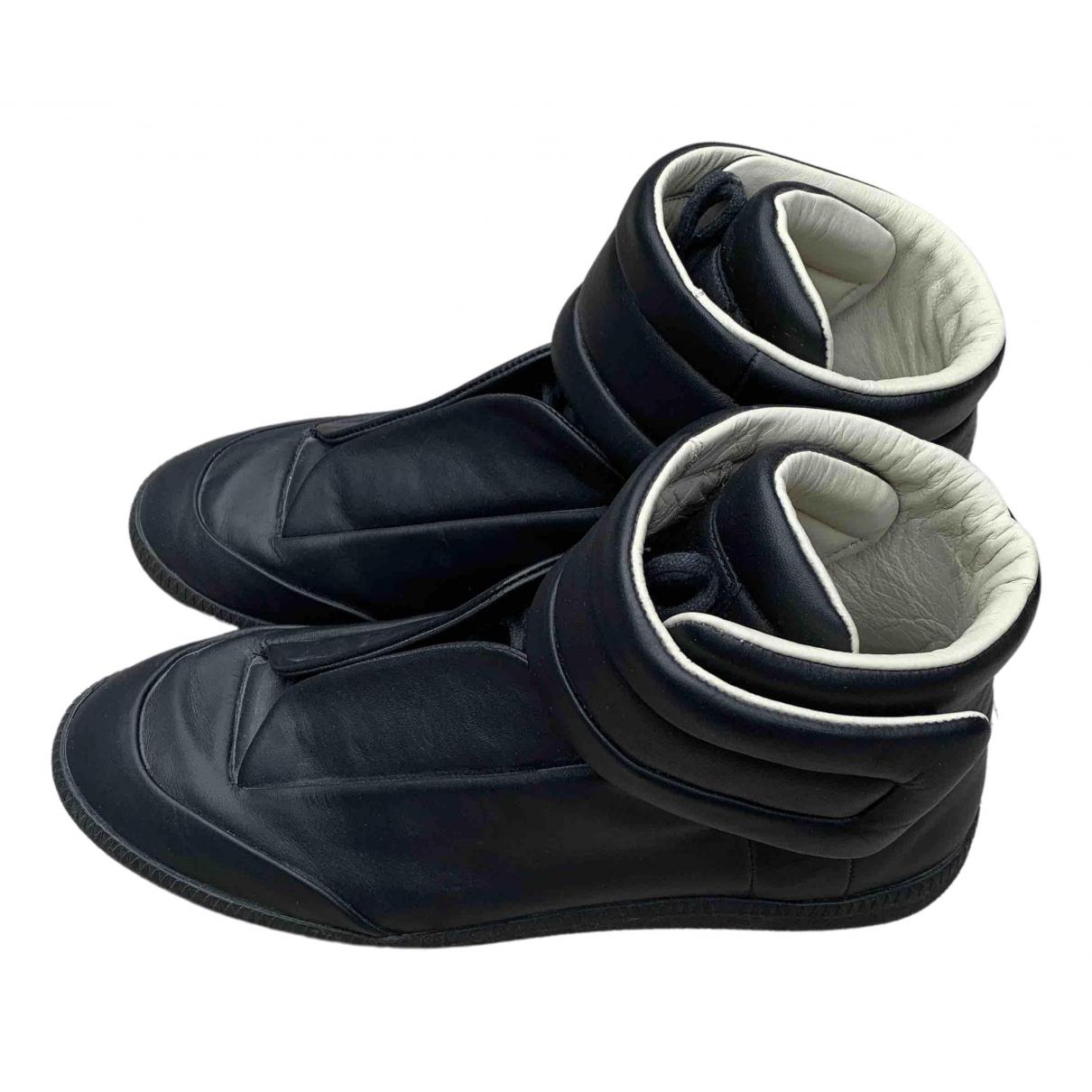 Maison Martin Margiela Future Sneakers in  Schwarz Leder