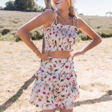 Cami Top mit Band auf Schulter, Rueschen und Blumen Muster & Rock mit mehrschichtigen Rueschen