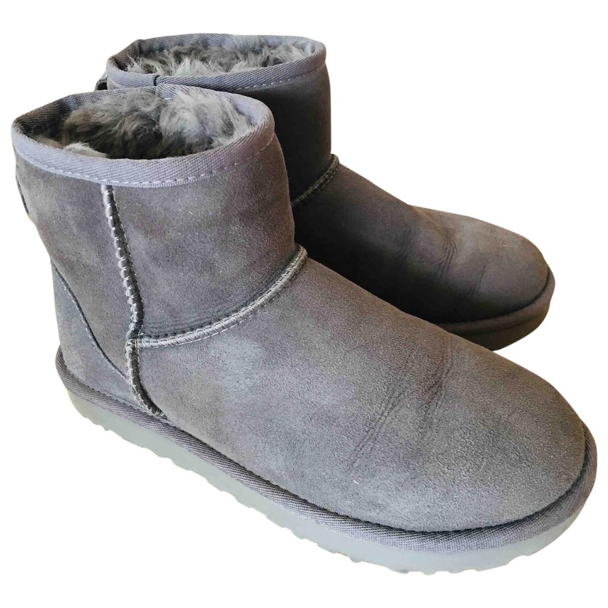 Ugg \N Grey Shearling Boots for Women 37 EU
