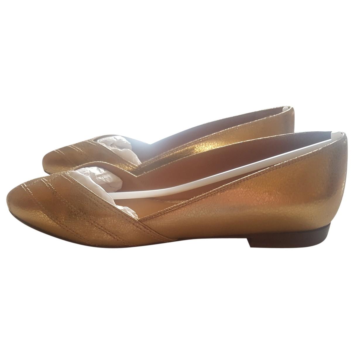 Sezane \N Ballerinas in  Gold Leder