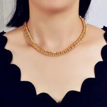 Halskette mit metallischer Kette