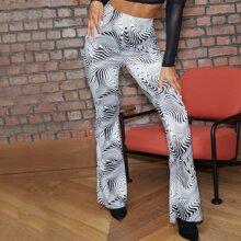 Hose mit Marmor Muster und ausgestelltem Beinschnitt