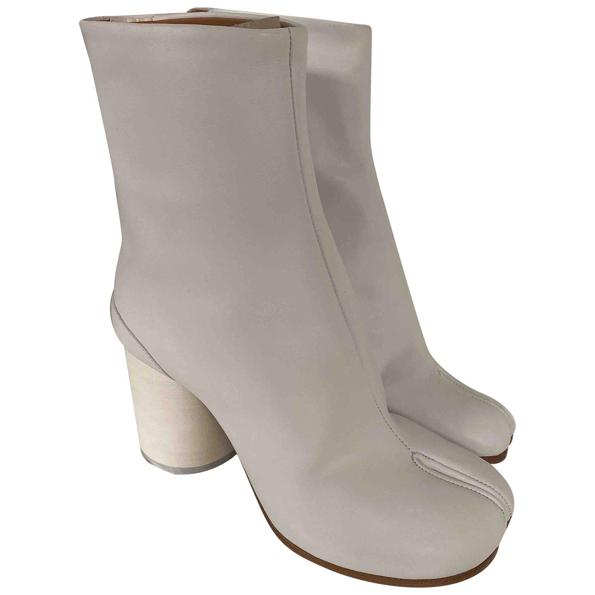 Maison Martin Margiela - Bottes Tabi pour femme en cuir - blanc
