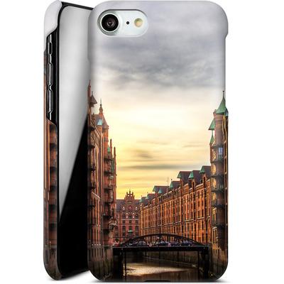Apple iPhone 7 Smartphone Huelle - Speicherstadt von caseable Designs