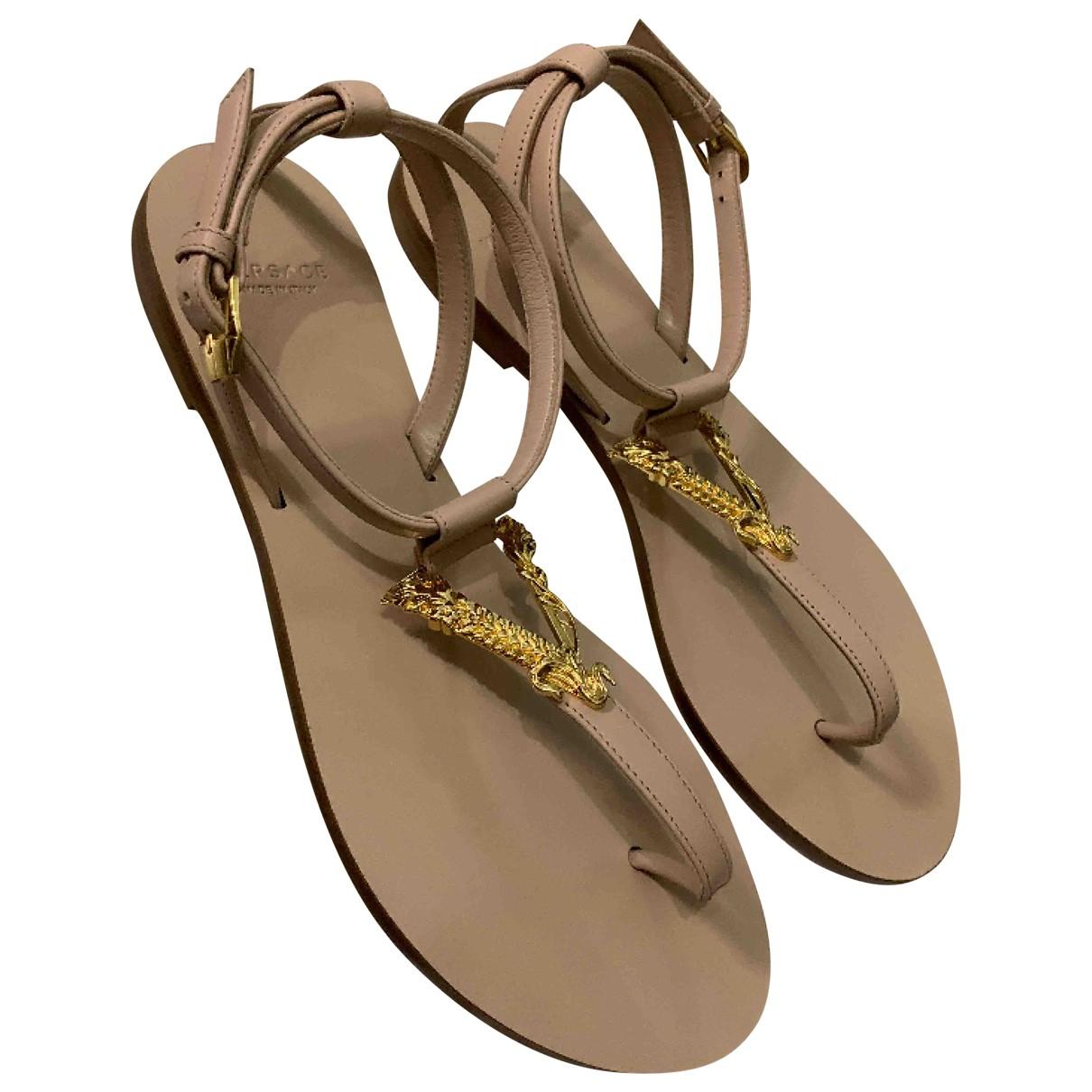 Sandalias romanas de Cuero Versace
