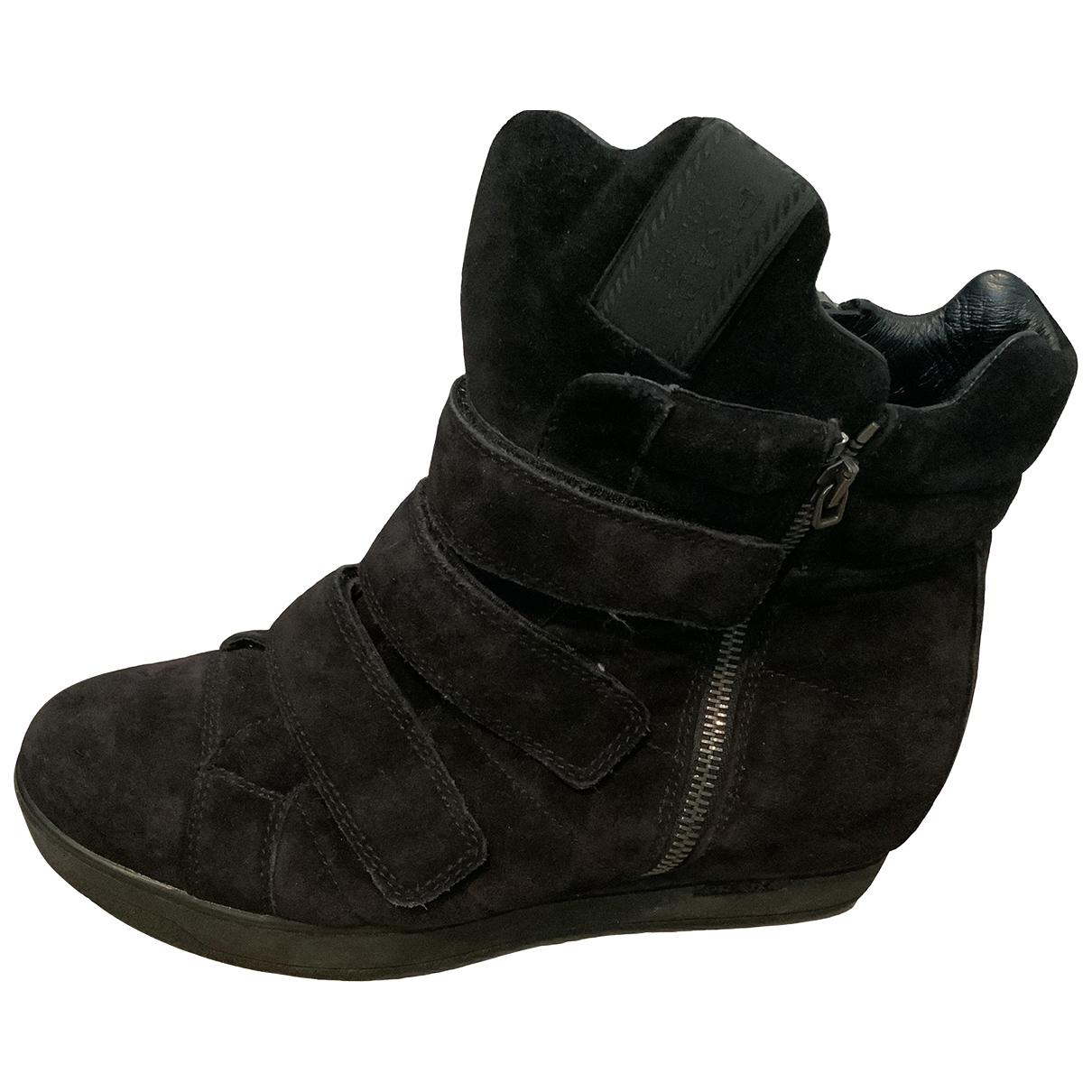 Prada \N Black Suede Boots for Women 39 EU